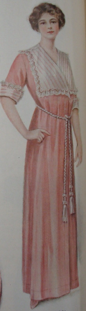 1912 house dress (bath robe)