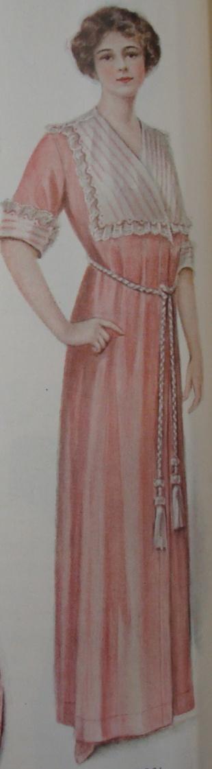 1912 house dress (bath robe)