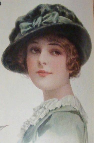 1913 velvet hat